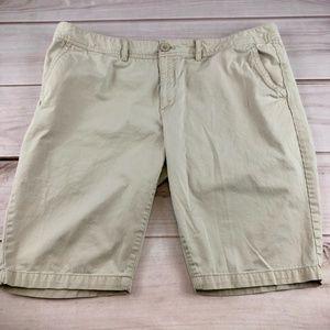 Eddie Bauer Legend Wash Khaki Bermuda Shorts Sz 18